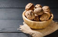Органическая здоровая еда и очистить еду таких грецких орехов a стоковое изображение rf