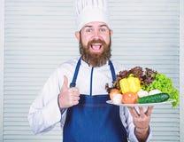 Органический кулинарный рецепт Шеф-повар использует только продукт eco дружелюбный Eco и органическая концепция Выберите самые лу стоковая фотография rf