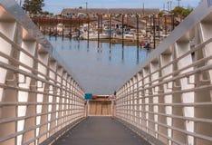 Орегон удя док вдоль Тихоокеанского побережья стоковые фотографии rf