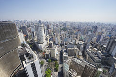 Ориентир ориентиры архитектуры горизонта Сан-Паулу Бразилии