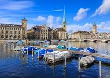 Ориентир ориентиры города Цюриха, Швейцарии Стоковые Фото