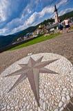 Ориентир ориентир в Castelrotto, Италии Стоковое фото RF