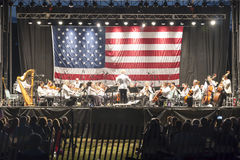 Оркестр концерта Лонг-Айленд на парке штата Heckshire Стоковая Фотография