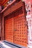 Орнаментальная дверь виска Стоковое фото RF