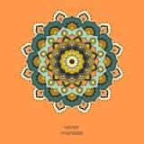 Орнаментальная красочная флористическая мандала на оранжевой предпосылке цвета Стоковое Изображение RF