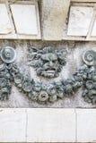 Орнаментальные фонтаны дворца Аранхуэса, Мадрида, Испании стоковые изображения rf