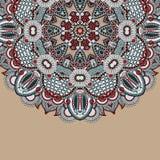 Орнаментальный шаблон с предпосылкой круга флористической Стоковые Изображения RF