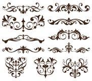Орнаменты вектора установленные винтажные, углы, границы Винтажное nouveau искусства элементов дизайна Черно-белый вензель Стоковые Изображения