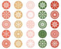 Орнаменты снежинки в кругах Scalloped цветом Иллюстрация штока
