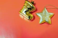 орнаменты handbell рождества ветви коробки шарика Стоковое Изображение RF