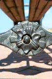 Орнамент литого железа черный флористический Outdoors крупный план Стоковое фото RF