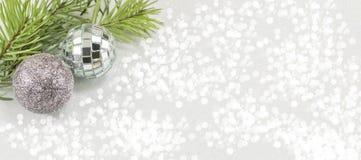 Орнамент и ель рождества Стоковое Изображение