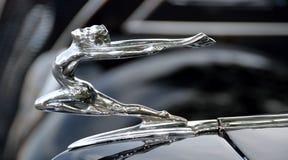 Орнамент клобука античного автомобиля Стоковые Фото