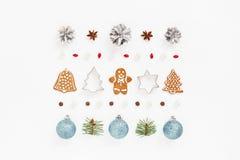 Орнамент рождества сделанный из печений пряника Стоковое фото RF