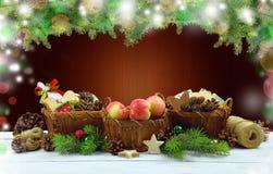 Орнамент рождества с естественными деревенскими деталями Стоковые Изображения