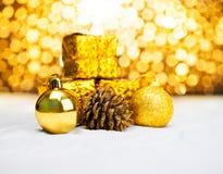 Орнамент рождества с светом bokeh Стоковое Изображение