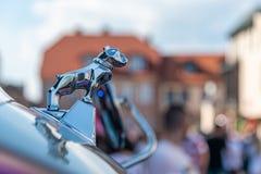 Орнамент Chrome бульдога тележек Mack первоначальный неподдельный отполированный стоковая фотография rf