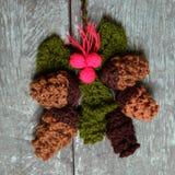 Орнамент Xmas, связанное pinecone рождества Стоковая Фотография