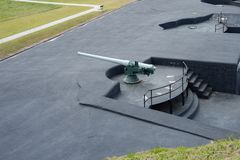оружие береговой артиллерии 3-дюйма в барбете стоковое изображение