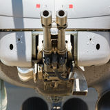 Оружие воздушных судн установленное на воинский вертолет Стоковое фото RF