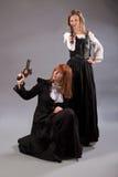 Оружие steampunk 2 женщин Стоковые Фотографии RF