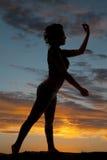 Оружия женщины силуэта бортовые вверх и вниз Стоковые Изображения