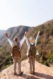 Оружия Hikers раскрывают Стоковые Изображения