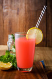 Освежая питье лета с пуншем плодоовощ Стоковое Изображение