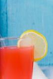 Освежая питье лета с пуншем плодоовощ Стоковая Фотография