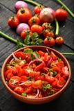 Освежая салат лета с свежими овощами стоковое изображение