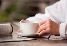 Освежая чай утра Стоковое Изображение RF
