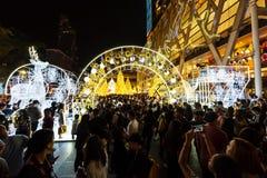 Осветите вверх центральный мир, Бангкок Стоковые Фото