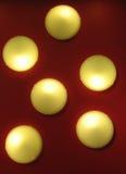 освещает красную стену Стоковое Изображение