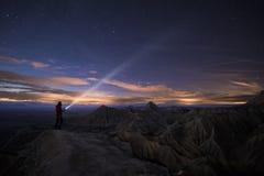 Освещать вверх по ноче над Bardenas стоковые изображения rf