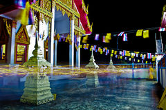 Освещать черную заднюю землю на городе Таиланда Стоковое фото RF