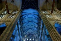 Освещение в соборе на Бове Франции стоковая фотография