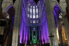 Освещение в соборе на Бове Франции стоковое фото rf