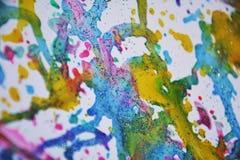 Освещенный воск золота серый зеленый голубой розовый пятнает яркую краску акварели, красочные оттенки Стоковое Изображение RF