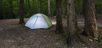 Освещенный шатер на темноте Стоковые Фотографии RF