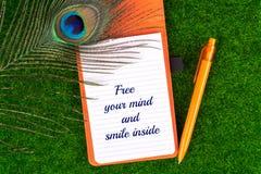 Освободите ваш разум и усмехнитесь внутрь Стоковые Изображения RF