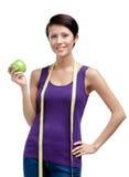 Освобождать женщину веса с гибким правителем Стоковые Фото