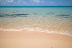 Освободитесь, открытое море на острове Rong Sanloem Koh, Камбодже Стоковое Изображение