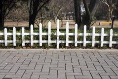 осени загородки сада белизна поздно Стоковые Фотографии RF