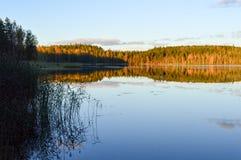 Осеннее спокойное озеро Стоковое Изображение
