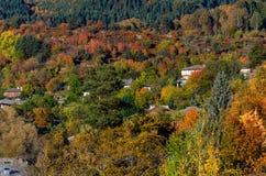 Осенний пейзаж Kovachevitza, Болгарии Стоковые Фото
