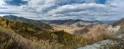 Осень в горах Altai Стоковая Фотография RF