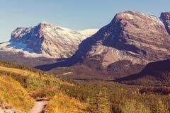 Осень в парке ледника стоковые фотографии rf