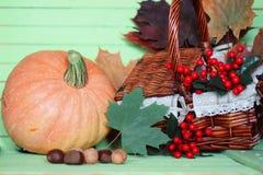 Осень деревянного стола тыквы Стоковая Фотография