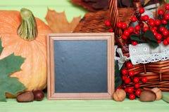 Осень деревянного стола тыквы Стоковая Фотография RF