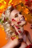 Осень женщины стоковая фотография rf
